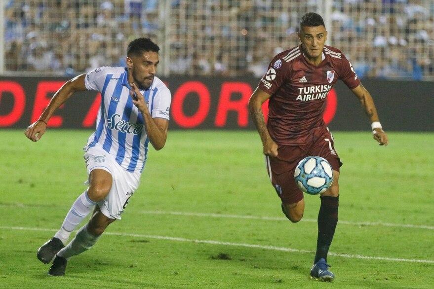 En el último partido entre ambos, River dejó escapar la Superliga 19/20 con el empate 1-1 en Tucumán en marzo de 2020 Fernando Font - LA NACION